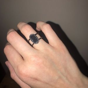 Kendra Scott Elyse Ring Gun Metal Black 7 LIKE NEW